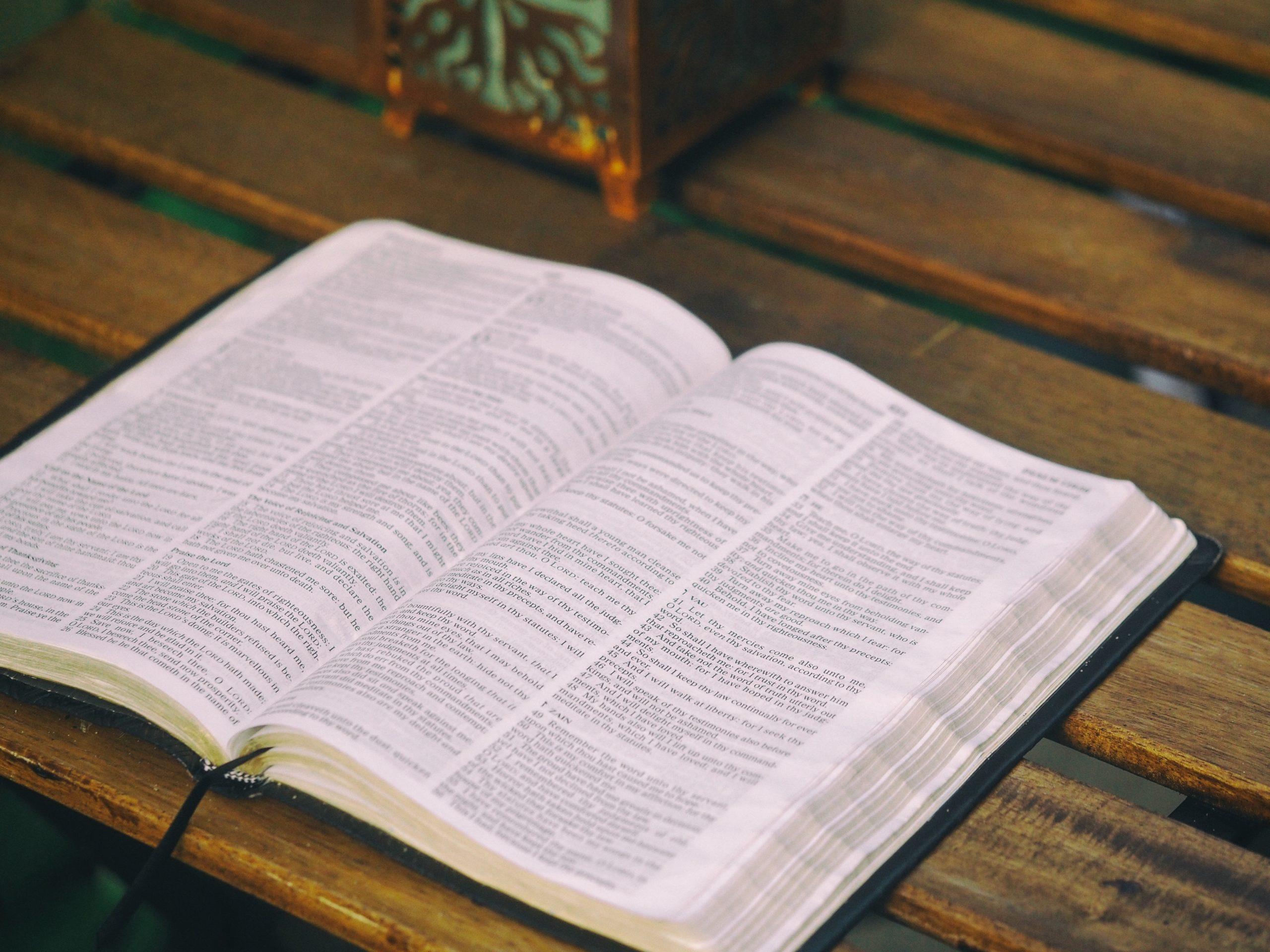 ¿Qué dice la Biblia acerca de las Tarjetas de Crédito?
